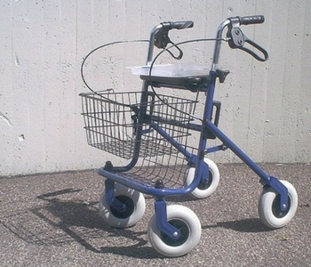 Rollator for the elderly